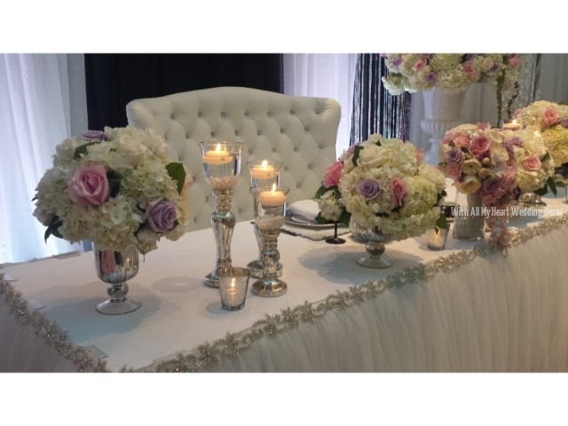 10a bridal show decor 2015 white tulle florals