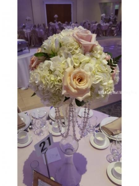 23a bcc floral topper on vase